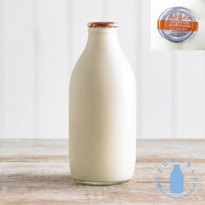 Milk & More 1% Fat Milk in Glass, 568ml, 1pt
