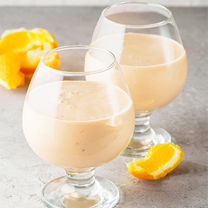 Clementine and banana smoothie