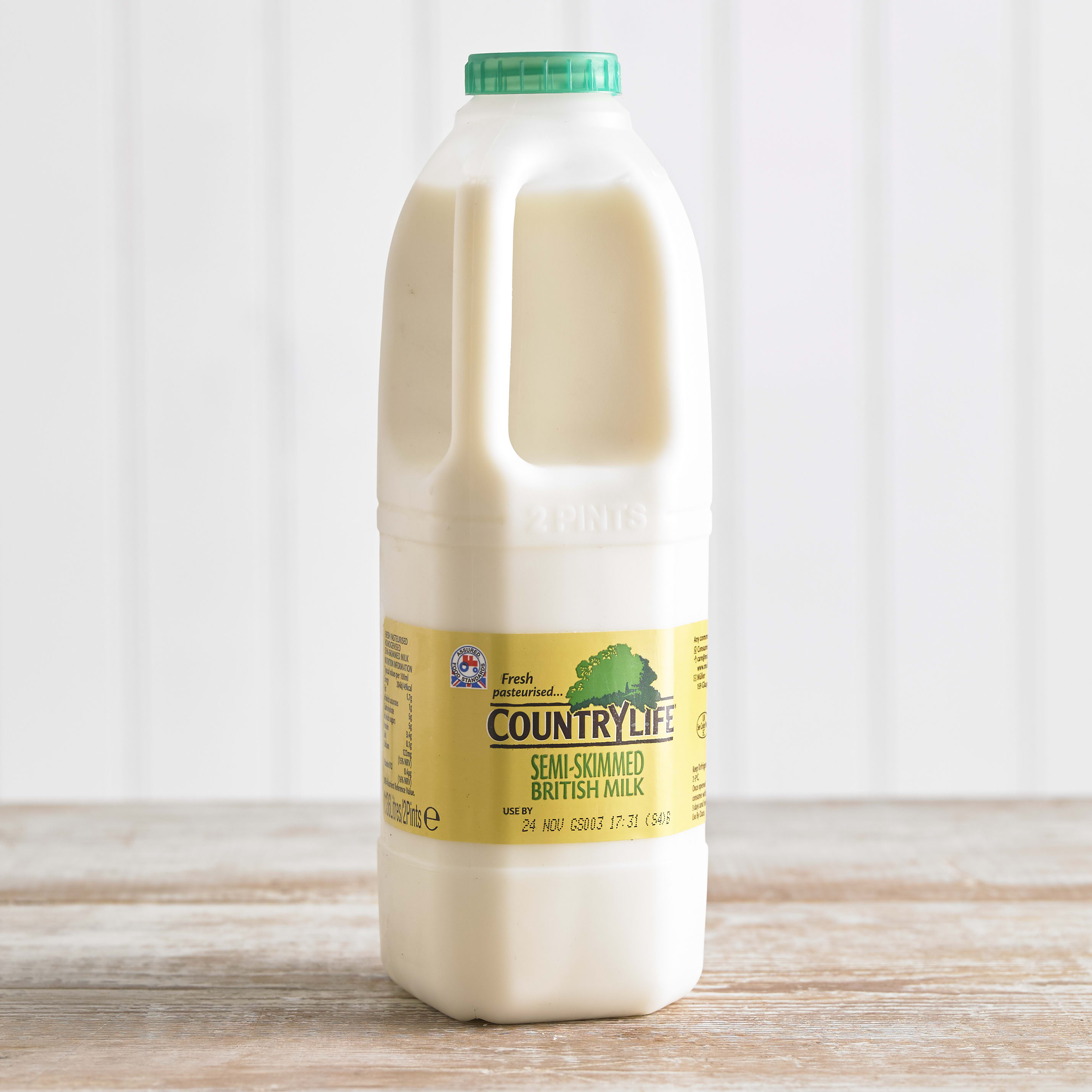 Country Life Semi Skimmed Milk, 1.136L, 2pt
