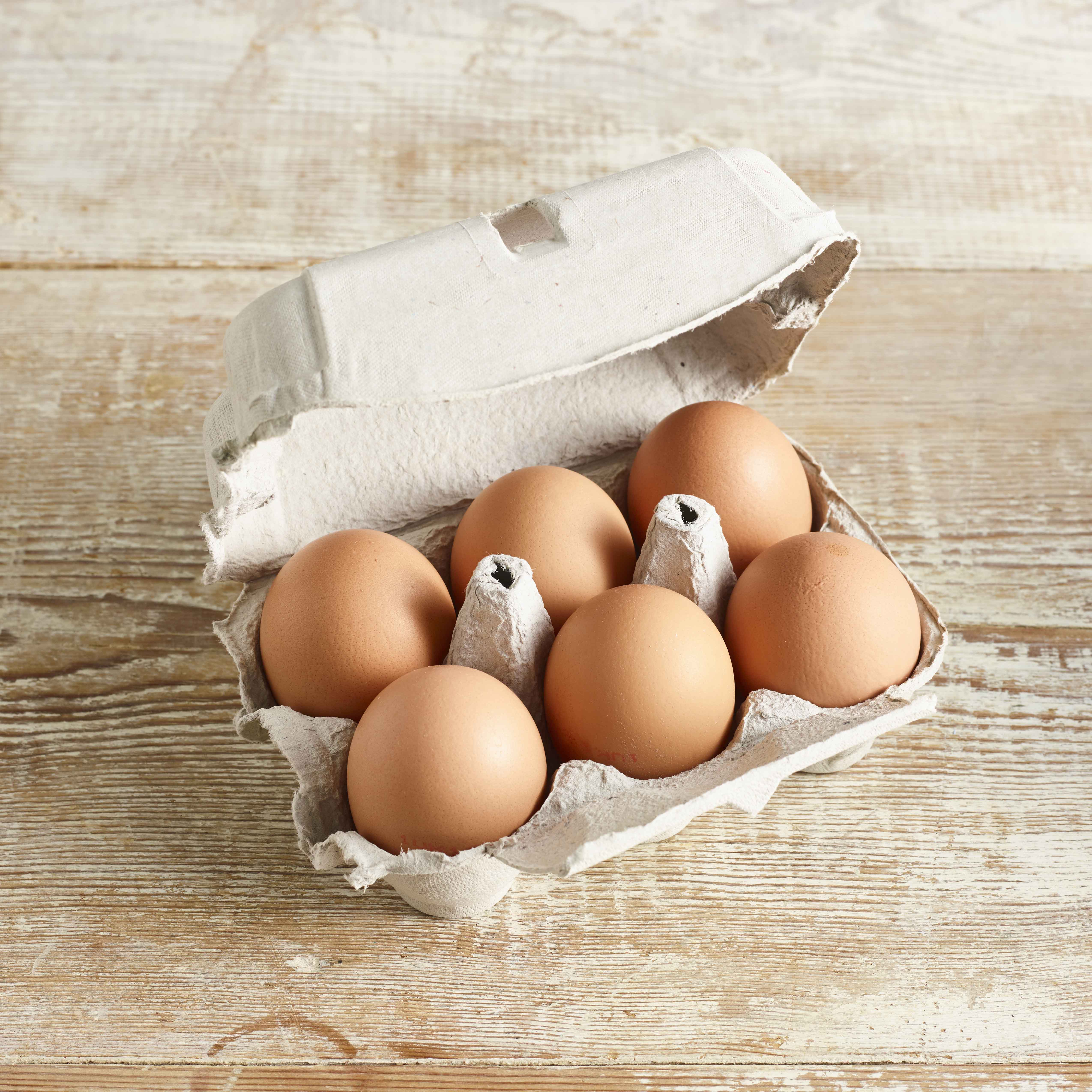 The Birds and The Bees Large Free Range Eggs, 6 Pack