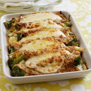 Chicken, Broccoli & Cheese Pancake Bake