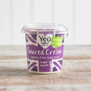 Yeo Valley Organic Low Fat Soured Cream, 227g