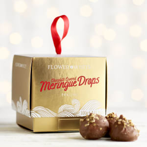 Flower & White Chocolate Praline Covered Meringue Drops, 100g