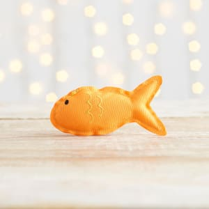 Beco Recycled Plastic Catnip Fish Cat Toy