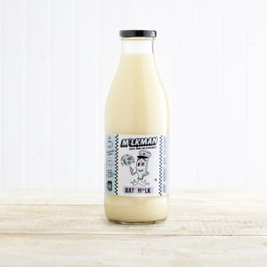 M*lkman Oat M*lk in Glass, 1ltr